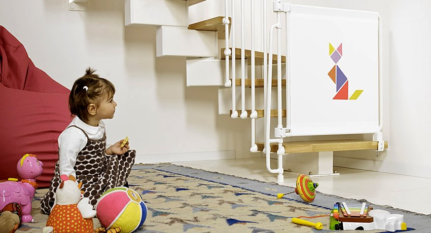 Детское огораживание для лестниц: конструкция для удобства малыша и родителей