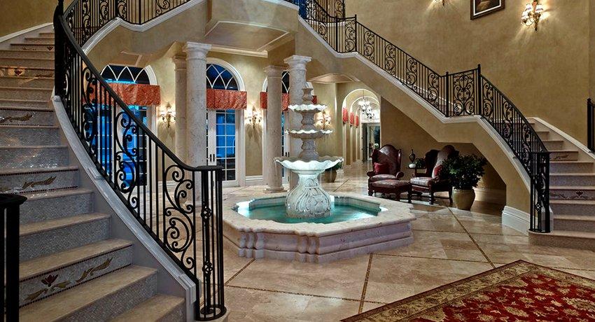 Кованые перила для лестницы: краса железных орнаментов