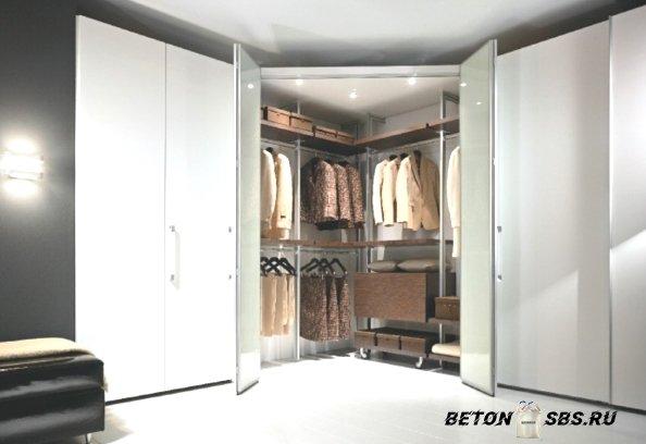 Планировка раздевалке комнаты: от А до Я